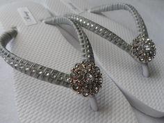 0cb267e205e13 Grey Bridal Flip-Flops   Wedding Colors Flip by RossyAccesorios Bridesmaid  Flip Flops