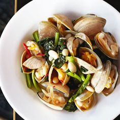 Recipe:   Cloudy bay clams with cavolo nero & cannellini beans