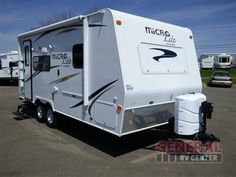 Used 2015 Forest River RV Flagstaff Micro Lite 21FBRS Travel Trailer at General RV | North Canton, OH | #123775