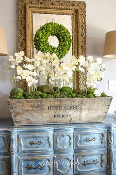 Champagne and Orchids | Edith & Evelyn - Step by step tutorial for creating this gorgeous display.