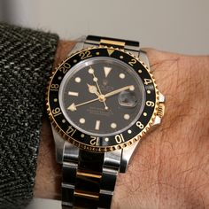 Did you know Rolex partnered with Pan American Airlines for their 1954 release of the Rolex GMT Master? The watch was a significant step forward since it could simultaneously track two time zones at once. This offered an important and necessary function for pilots and crew looking for a durable and versatile watch while traveling on long-haul flights. Learn more about this great watch our blog. Pre Owned Rolex, Pre Owned Watches, Rolex Models, Rolex Watches For Men, Rolex Gmt Master, Time Zones, Long Haul, Pilots, Stainless Steel Case