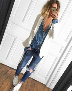 Un look de week-end mi-denim, mi-blanc