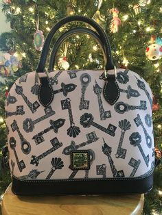 Taking A Closer Look At The Disney Dooney And Bourke Princess Keys Design