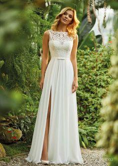 In dieser Saison sind Vintage inspirierte Brautkleider beliebter denn je! Auch bei dir?! Foto: Vanilla Sposa