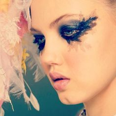 Chanel Spring/Summer 2013 Haute Couture runway look.