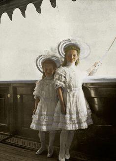 The Little Pair, Grand Duchesses Maria and Anastasia Nikolaevna, ca. 1908
