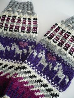 Handicraft, Socks, Winter Hats, Knitting, Crochet, Accessories, Kissa, Facebook, Fashion