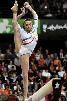 Romania's Ana Paulegrass, 2010