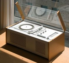 Braun SK 6 phonograph and radio designed by Dieter Rams, introduced in 1956 (photo: Michael Dant) Record Players, Lp Player, Radio Design, Speaker Design, Dieter Rams Design, Braun Dieter Rams, Charles Ray Eames, Desk Layout, Modern Retro