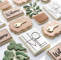 Cake Cookies, Sugar Cookies, Cupcakes, Royal Icing Decorated Cookies, Cookie House, Pastel, Cookie Decorating, House Warming, Sweet Treats