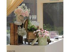 Decoration Buffet Decoration Buffet, Deco Boheme, Deco Floral, Wedding Decorations, Alice, Wedding Inspiration, Painting, Recherche Google, Images