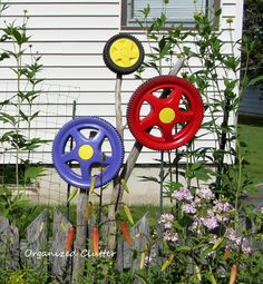 Organized Clutter: Yard of Flowers: Garden Tour 2013 ~~~ lawn mower tires flowers - different!