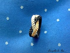 The best DIY projects & DIY ideas and tutorials: sewing, paper craft, DIY. Peyote Beading Patterns, Beaded Bracelet Patterns, Loom Beading, Jewelry Patterns, Beaded Bracelets, Seed Bead Jewelry, Bead Jewellery, Beaded Jewelry, Jewelry Rings