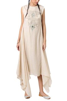 Look Stunning in this exquisite Beige Two Side Circle Dress. Shop for Indian, Western, Indo-Western Fashion Designer Dresses and dress to kill for any occasion - Sangeet, Receptions, Weddings or Cocktails. Party Wear Dresses, Summer Dresses, Indian Wear, Indian Suits, Indian Style, Circle Dress, Dressed To Kill, Western Dresses, Indian Fashion