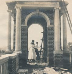 Building of the Sweet Briar College Cupola. Photographed in 1906 by Lillian Lloyd, the first student to enroll at Sweet Briar College.  Sweet Briar College, some rights reserved. CC-BY-NC.
