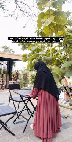 Long Skirt Hijab, Hijab Dress, Casual Hijab Outfit, Hijab Chic, Style Hijab Simple, Abaya Fashion, Fashion Outfits, Cute Muslim Couples, Muslim Women Fashion
