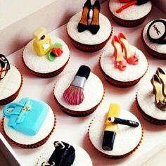 los cupcakes tematicos para angelica!