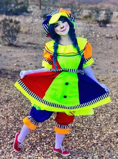 Good Clowns, Send In The Clowns, Female Clown, Cute Clown, Clowning Around, Flower Fairies, Girls Makeup, Harajuku, Poses