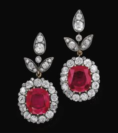 Pair of very important ruby and diamond pendent ear clips Descent: HSH Princess Max Egon zu Hohenlohe-Langenburg These earrings were assembled in 1921 and given as a gift by her parents Trinidad von Scholtz Hermennsdorff, Duchess of Parcent, Ruby Jewelry, Ruby Earrings, Jewelry Box, Jewelery, Diamond Earrings, Jewelry Accessories, Jewelry Design, Diamond Pendant, Tanzanite Necklace