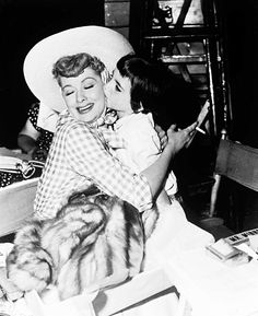 Lucille Ball with Liza Minnelli on the set of The Long, Long Trailer (1953)
