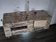 Wood Pallet Dresser Table and TV Stand   101 Pallet Ideas