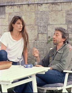 Jane Birkin and Serge Gainsbourg, 1979 Charlotte Gainsbourg, Serge Gainsbourg, Gainsbourg Birkin, Rachel Zoe, Style Jane Birkin, Jane Birken, Boy Scout Shirt, Vintage Beauty, Vintage Fashion