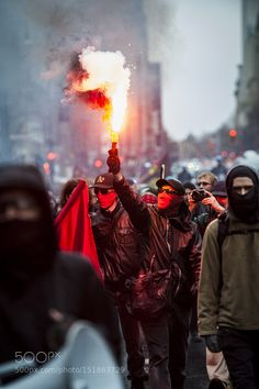 May 1 A protester holds a flare up during the march for International Workers' Day/Anti-capitalism protest. Types Of Photography, Digital Photography, Street Photography, Portrait Photography, Nature Photography, Stunning Photography, Photography Lighting, Photography Camera, Underwater Photography
