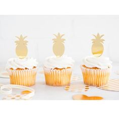 Wedding Reception Food Gold Pineapple Acrylic Cupcake Toppers - These fun gold acrylic pineapple cupcake toppers are the perfect touch for your fruity, hawaiian or Moana themed party! 8 cupcake toppers per pack. Summer Party Decorations, Birthday Party Decorations, Birthday Parties, 13th Birthday, Birthday Ideas, Cupcake Toppers, Wedding Cake Toppers, Pineapple Cupcakes, Gold Pineapple