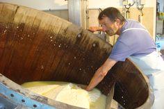 Vente de produits d'Auvergne et de fromages Cantal, Salers, bleu d'Auvergne, fourme d'Ambert et tome fraîche
