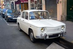 Pour ce mardi, une superbe Renault 8 - D'autres vues sur le site