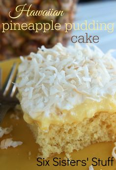 "Six Sisters Hawaiian Pineapple Pudding Cake Recipe. A super moist and delicious cake. This makes a ton of cake for a huge party or cookout! "" Yes in near future"" Sugar Free Desserts, Sugar Free Recipes, Just Desserts, My Recipes, Cake Recipes, Dessert Recipes, Recipies, Pineapple Pudding, Pineapple Cake"