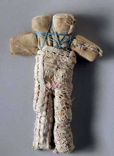 Louise Bourgeois Untitled 1996 Fabric, lace and thread Courtesy Cheim & Read, Galerie Karsten Greve and Galerie Hauser & Wirth © Louise Bourgeois Photo: Peter Bellamy Louise Bourgeois, Textile Sculpture, Soft Sculpture, Metal Sculptures, Abstract Sculpture, Bronze Sculpture, Keith Haring, Textiles, Jackson Pollock