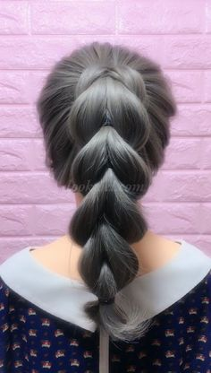 horsetail hairstyle video idea - -High horsetail hairstyle video idea - - Saç modeli Braid Frisuren Tutorial Videos - - Hairstyle Ponytail braid hairstyle - Beauty - in 2020 Side Ponytail Hairstyles, Everyday Hairstyles, Headband Hairstyles, Diy Hairstyles, Stylish Hairstyles, Simple Braided Hairstyles, Naturally Curly Updo, Braid Crown Tutorial, Homecoming Hairstyles