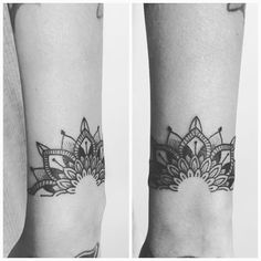Idee tattoo bracelet mandala femme - Serena D. Hand Tattoos, Body Art Tattoos, Sleeve Tattoos, Piercing Tattoo, Piercings, Flor Tattoo, Mandala Tattoo, Tattoo Girls, Girl Tattoos