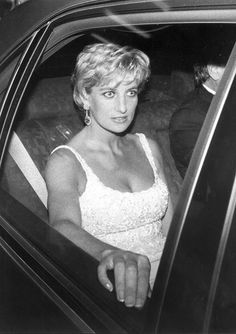 Princess of Wales-Diana Spencer Princess Diana Pictures, Princess Diana Family, Princess Of Wales, My Princess, Lady Diana Spencer, Driving Miss Daisy, Diane, Prince Charles, Queen Of Hearts