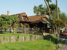 Őrség Budapest, Farmhouse, House Styles, Travel, Hungary, Viajes, Rural House, Trips, Cottage