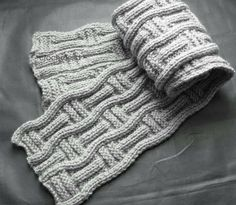 scarf pattern for Papa's red scarf request? Mens Scarf Knitting Pattern, Knitting Patterns Free, Knit Patterns, Free Knitting, Free Pattern, Design Patterns, Diy Crafts Knitting, Knitting Blogs, Knitting Stitches