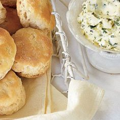 Southern Biscuit Recipes: Quick Buttermilk Biscuits