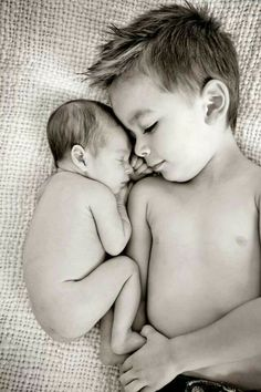 Cute idea fot sibling and new born