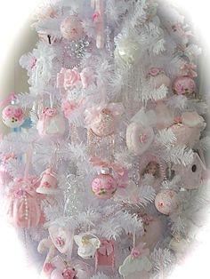 shabby pink Christmas...
