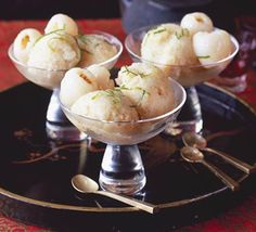 Refreshing Lychee & Lime Sorbet With Lychees, Caster Sugar, Egg White, Limes Juice Lychee Recipes, Fruit Recipes, Dessert Recipes, Summer Recipes, Gourmet Recipes, Lime Sorbet, Gelato, Homemade Ice Cream, Japanese