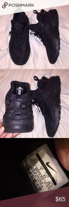 Nike Schuhe Jungen 26 guter zustand