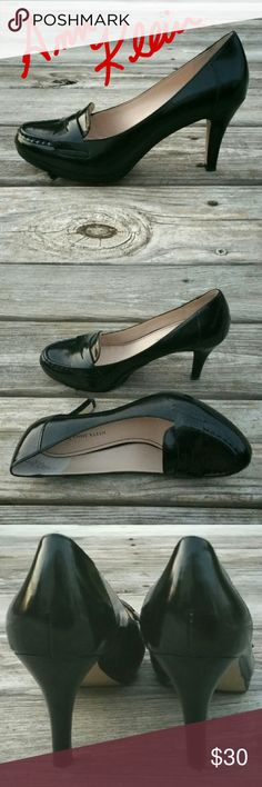 Black Patent Loafer Style Heels Jet black shiny patent high heels in a classic loafer style made into a beautiful pump by Anne Klein. Shoes are gently worn. The only real sign of wear is on the undersole. Shoe upper and interior looks brand new. Gorgeous shoes. Anne Klein Shoes
