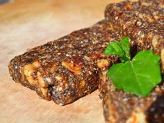 Edible insects: Would you eat a protein bar made of crickets? - try #edibleinsects @ www.buggrub.com   #entomophagy  