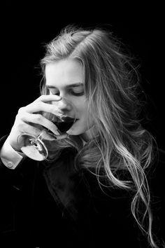 drinking wine via blog Modern Girls & Old Fashioned Men