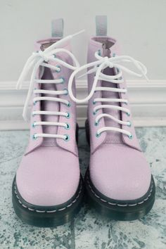 Pink isnt my best color... but pastel always is.! I want docs sooooooooo bad!!! And these are soo cute!