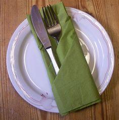 Napkin Folding Flower, Wedding Napkins, Tableware, Google, Blog, Roses For Valentines Day, Culinary Arts, Dinnerware, Tablewares