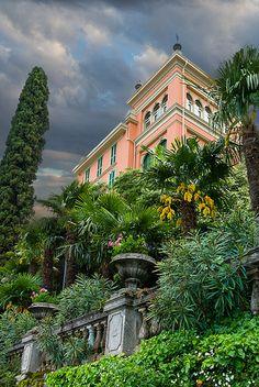 Varenna Villa - Lake Como, Italy I've walked past this with my mom many times.