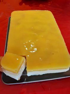 Υπέροχο μαμαδίστικο γλυκό - Είναι τόσο απλό... τόσο εύκολο...τόσο δροσερό Mediterranean Recipes, Dairy, Food And Drink, Pudding, Cheese, Desserts, Eyebrows, Greek, Tailgate Desserts