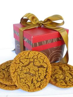 Short & Sweet Gift Boxes and cookies . The Perfect, Sweet and Simple Gifts offered from 3 Ducklings! www.3ducklings.com www.facebook.com/3ducklings
